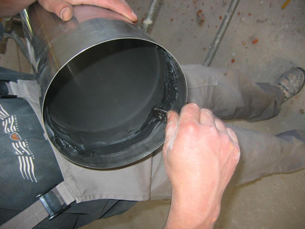 uszczelnianie komina rur z blachy kwasowej