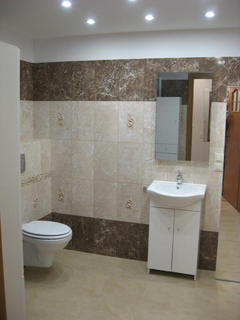 Łazienka Budowana na środku pokoju