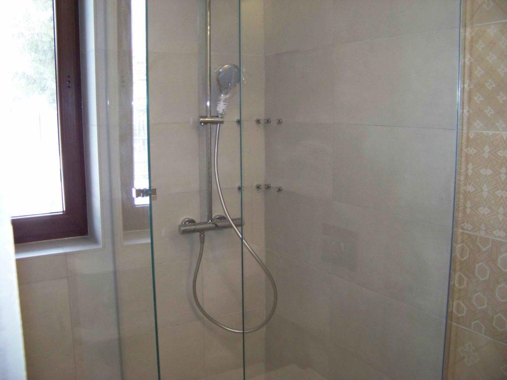 szyba prysznicowa
