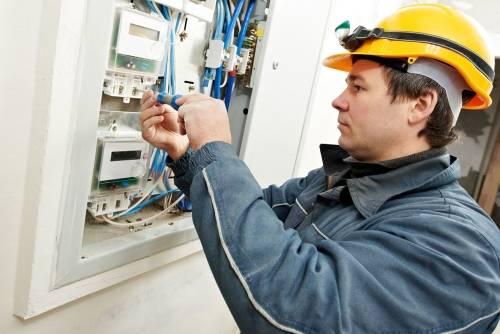 instalacje elektryczne hydrauliczne
